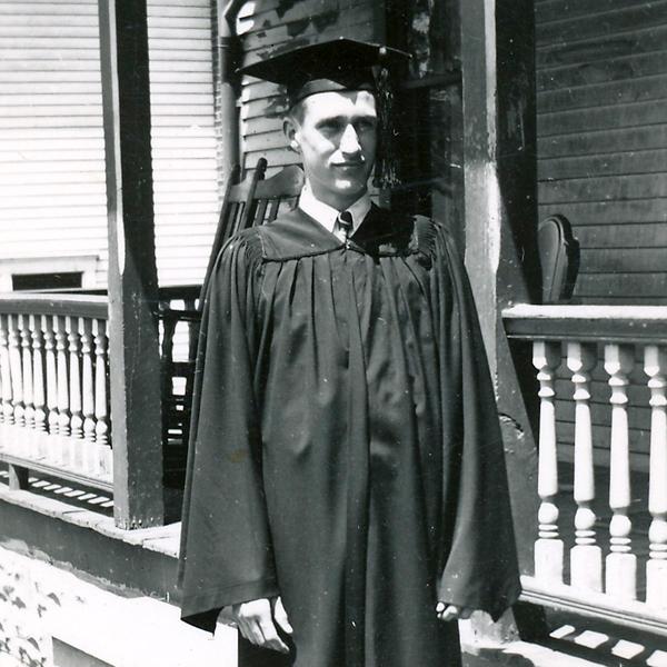dad_grad_1940s_web